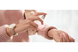 استخدام بازاریاب فروش محصولات ادکلن برند مندلیف