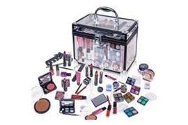 جذب بازاریاب و مشاور فروش محصولات آرایشی و بهداشتی شرکت فخر