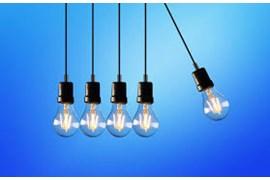 کارشناس فروش تلفنی و حضوری لامپ و باطری، پخش سایه